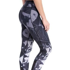 Lole Lainie 3/4 gray black XS workout  leggings